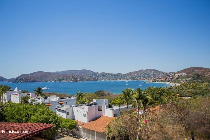 Hermosa villa con vista al mar en La Ropa - Zihuatanejo - Villa