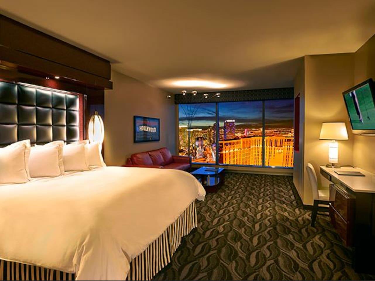 Planet Hollywood Suites 2 Bedroom Suite Elara Planet Hollywood 2 Bedroom Suite In Las Vegas Nevada