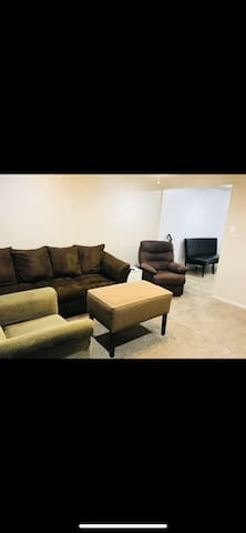 Beautiful fully furnished home away from home !