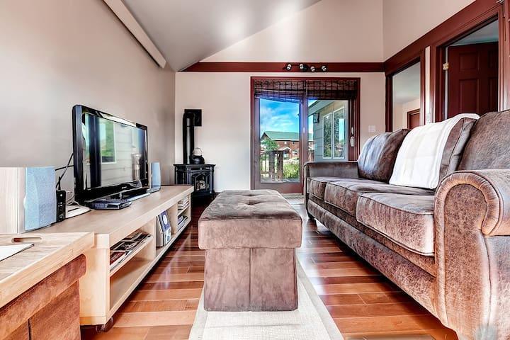 Cozy 2BR + Loft Fraser House w/Wifi - Fraser - Huis