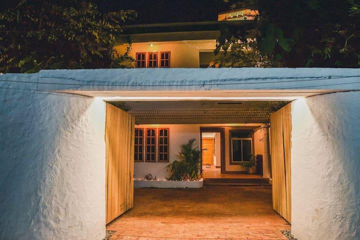 Boho's · Boho's Hotel, original & refined boutique retreat
