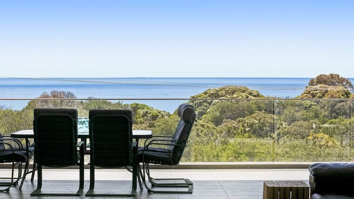 Bayview - Stunning Bay Views