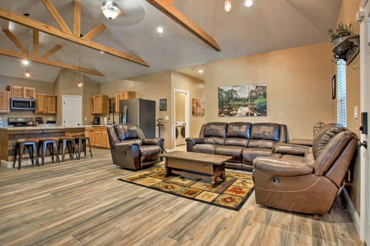 Original 1800 Peckinpah Cabin-Newly Remodeled