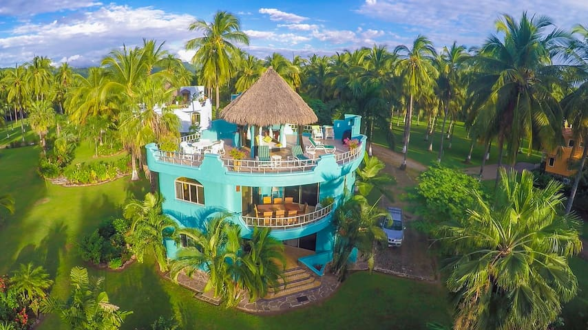 Casa Reyes, Tropical Garden, Rooftop Views - Zacualpan - Rumah