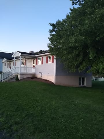 Honey Creek Guest House