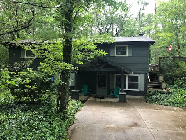 Family friendly Cottage in Southcott Pines