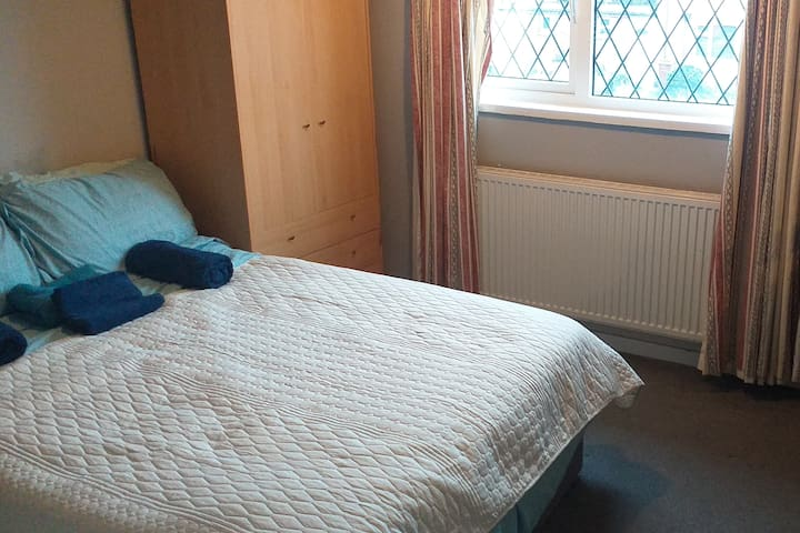 Double room in Beverley 1