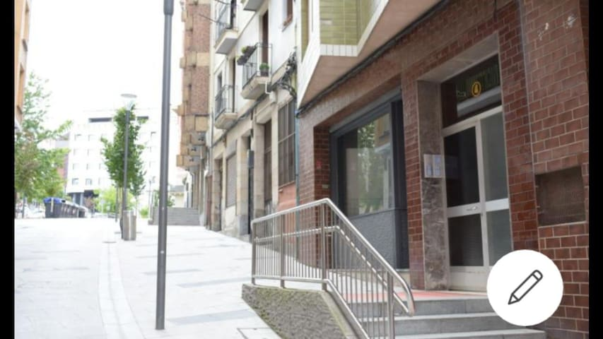 Cómodo y acogedor loft tipo estudio en el centro