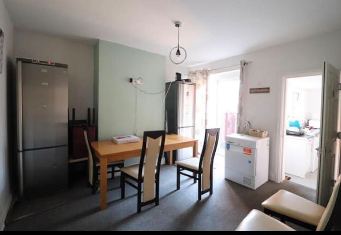Double Furnished Top Floor Room Single Occupancy