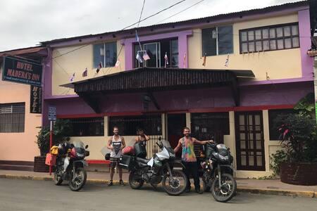 Hotel Maderas Inn Masaya, Nicaragua - Masaya - Hostel
