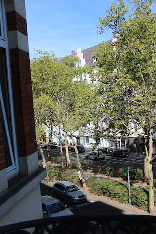 Apartment is on main bus route to any location in the city.  1.5 km to main train station!