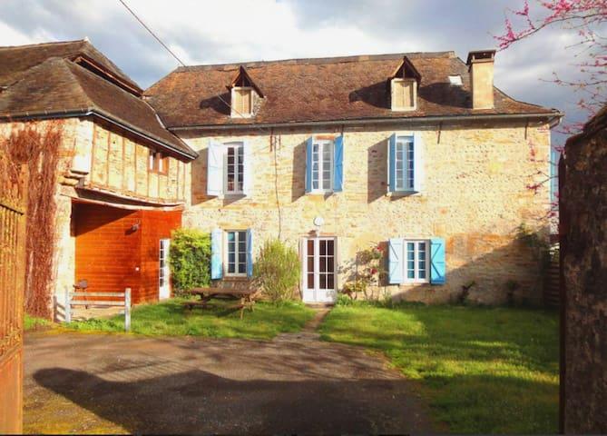 Ancienne ferme béarnaise - Oloron-Sainte-Marie