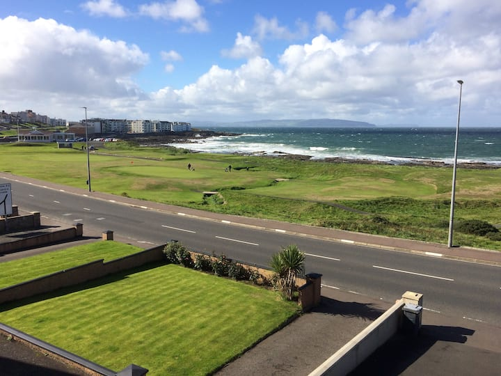 Portstewart.  Sea Views. Central Location