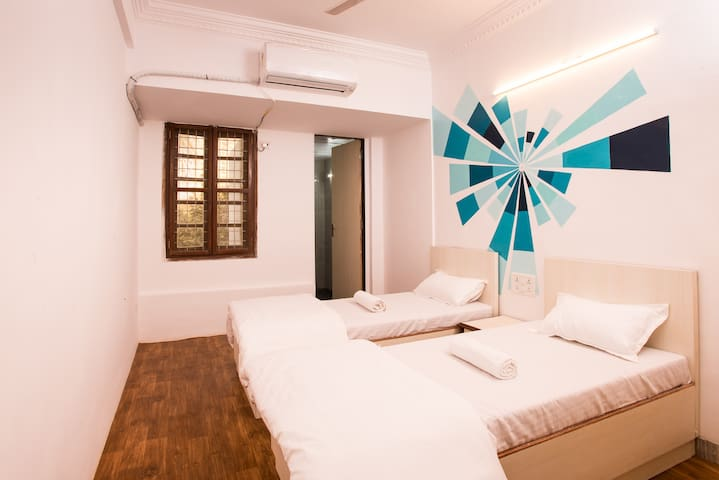 Twin Private Room in Hostel Mantra
