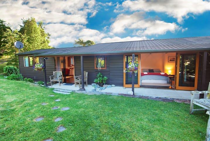 Ragsdale Cottage