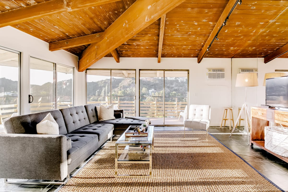 Breathtaking Views from Chic Mid Century Modern House
