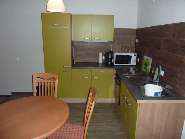 Ferienwohnung 2 Zimmer Küche Bad 3Betten - Uelzen - Leilighet