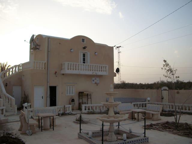 LOCATION VILLA MEUBLÉE  DJERBA - Hara Sghira Er Riadh - Flat