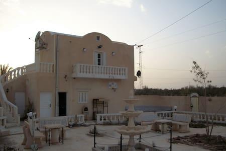 LOCATION VILLA MEUBLÉE  DJERBA - Hara Sghira Er Riadh - อพาร์ทเมนท์