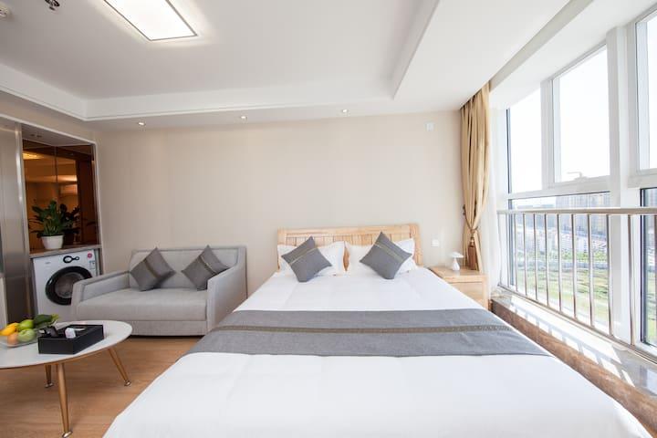 5烟台静雅度假酒店公寓(烟大、市政府、国际博览中心店)精致大床房