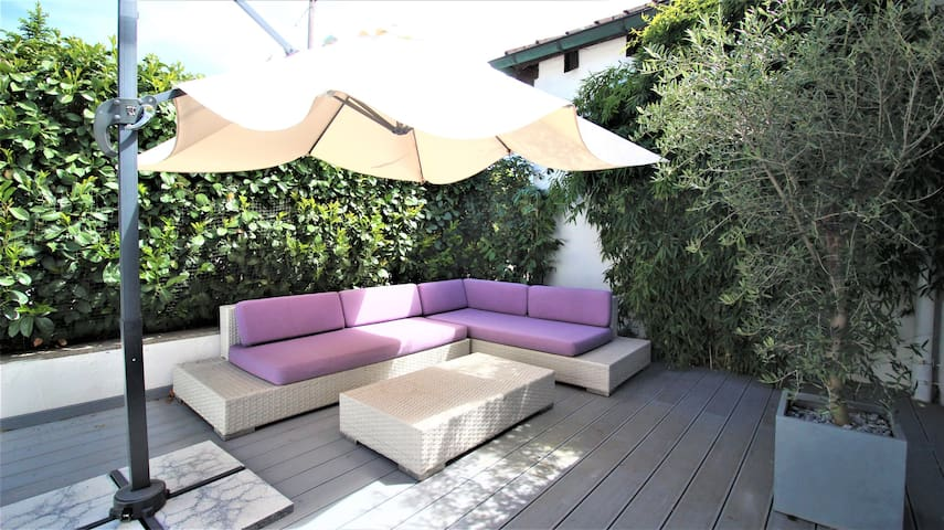 ✦ Lovely Studio ✦ - Big Terrace, Private Parking