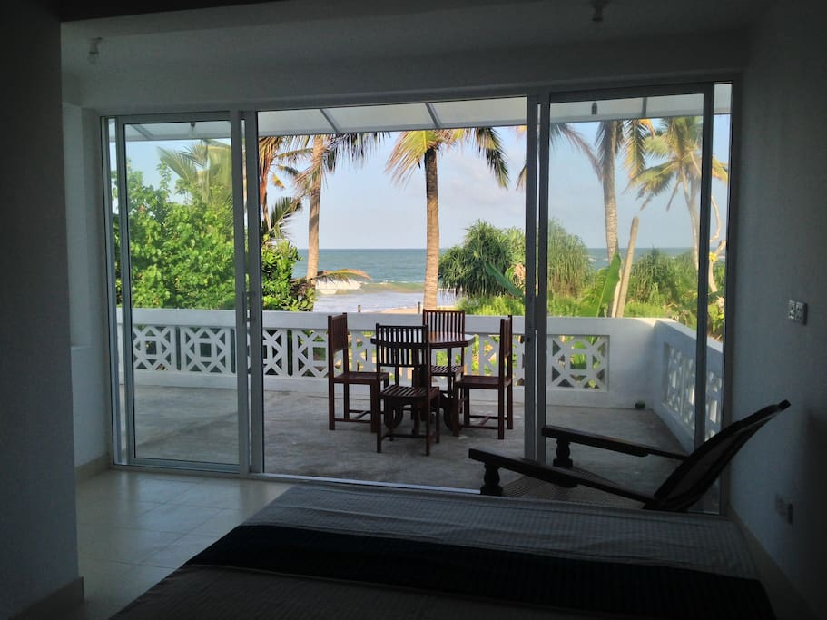 Wake up to an ocean breeze and the sounds of waves...