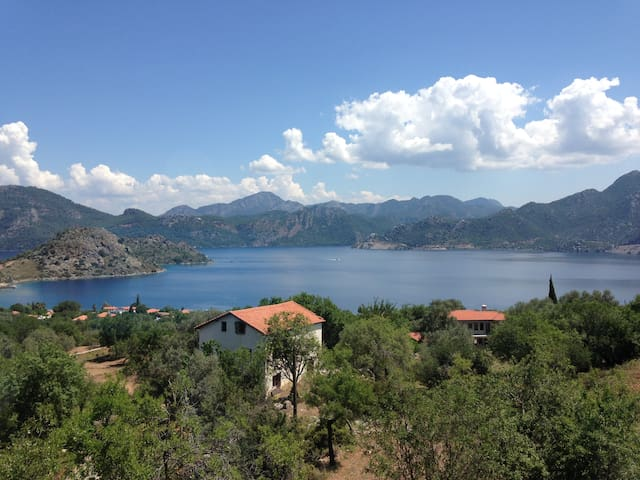 An amazing sea-viewed B&B House in Selimiye... - Mugla - Casa de camp