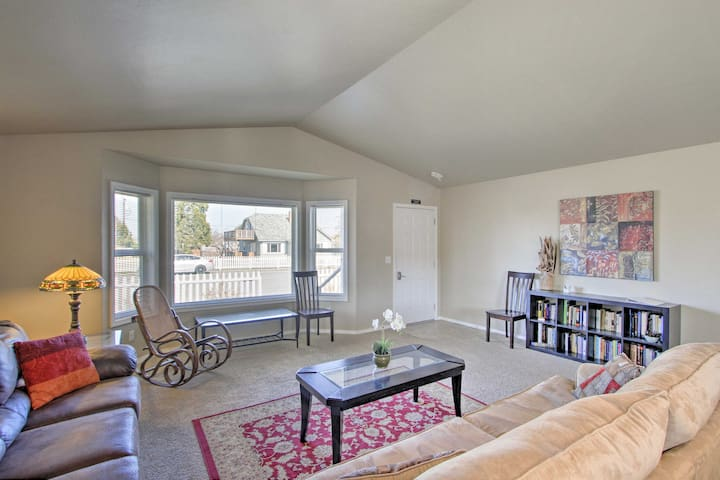 NEW! Quiet Sequim Home, Walk to Dining & Festivals