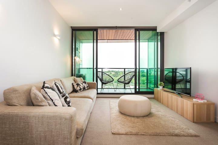 Central Modern Minimalist Apartment