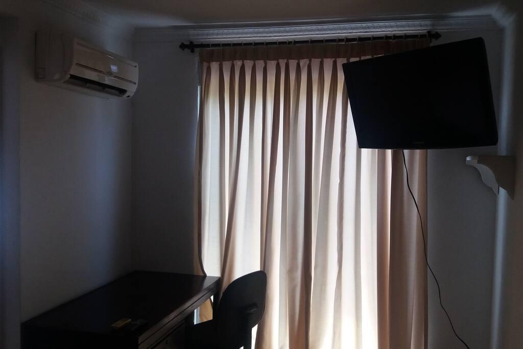 aire acondicionado y tv