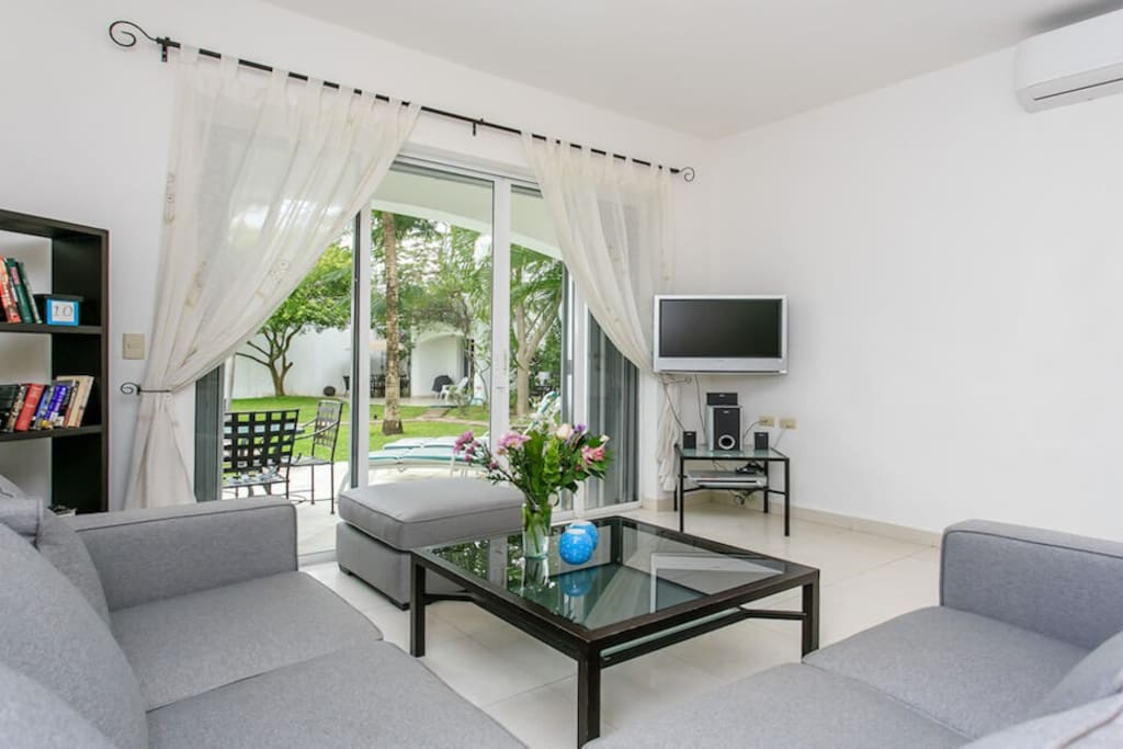 c rentals playa del carmen mayamar rose large windows