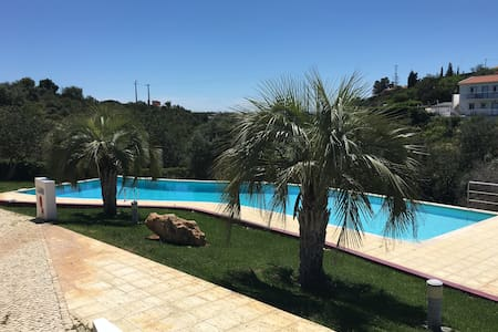 Nice 3 bed house with free wifi N - Albufeira - Dom