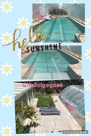 Gite avec piscine couverte à Cernay