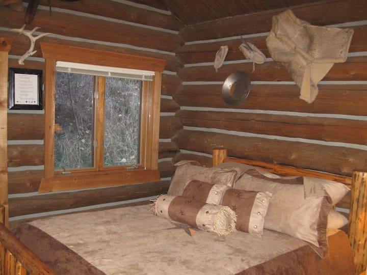 Rye Creek Lodge- Granite Cabin