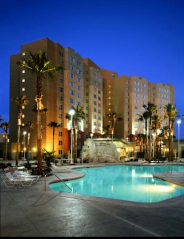 Condo Resort Next To Casino and Near Vegas Strip