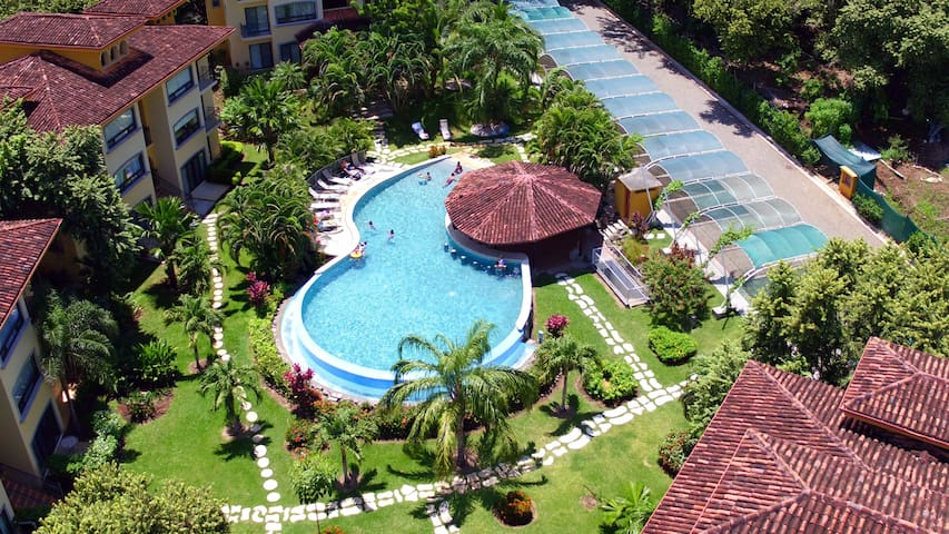 Oaks Tamarindo Condo Near Great Beaches