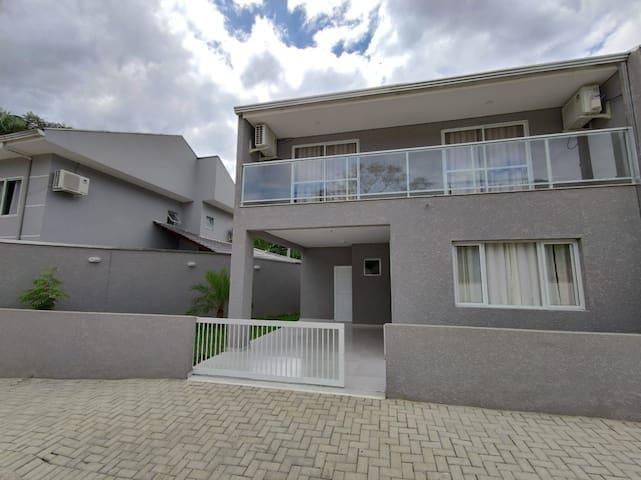 Casa Morretes, sobrado, apto, próx Centro-900mtrs