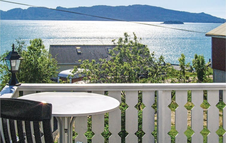 Holiday apartment with 4 bedrooms on 120m² in Fjelberg