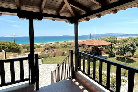 Beach House in Ierissos, Halkidiki