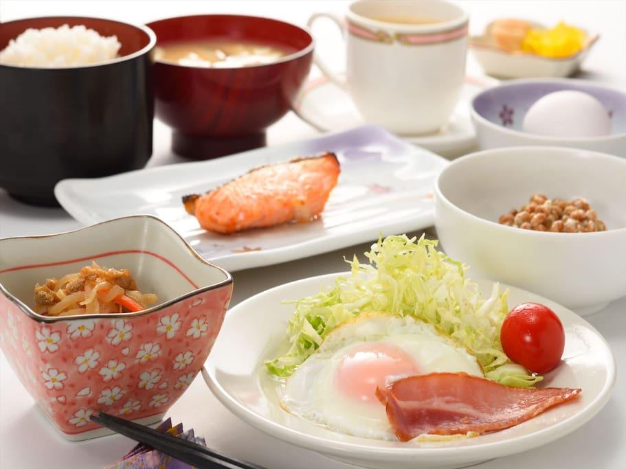 朝食は和食膳で\600