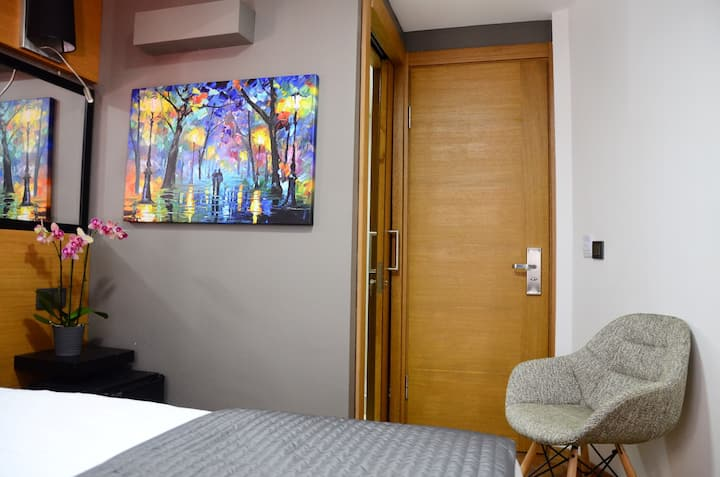 Boutique Room 2,Ground Floor,Eco Room free wi_fi