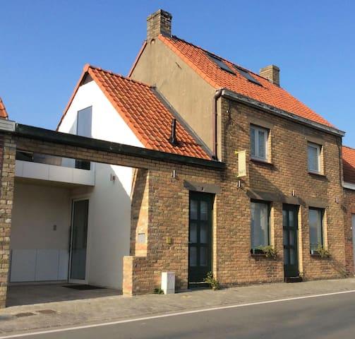 Historisch vissershuisje GRATIS 3de nacht - Koksijde - House