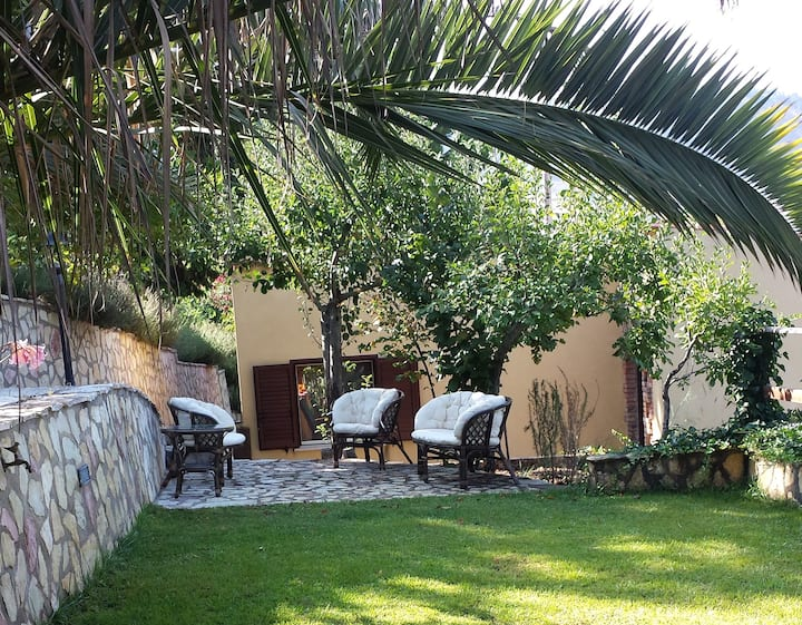 Independent country house in the nature. Madonie