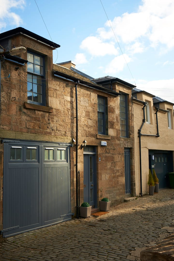 Park Mews Glasgow with parking