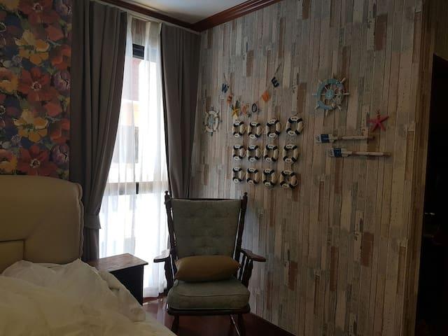 5 Bedrooms Beach Front Villa - Pranburi - House