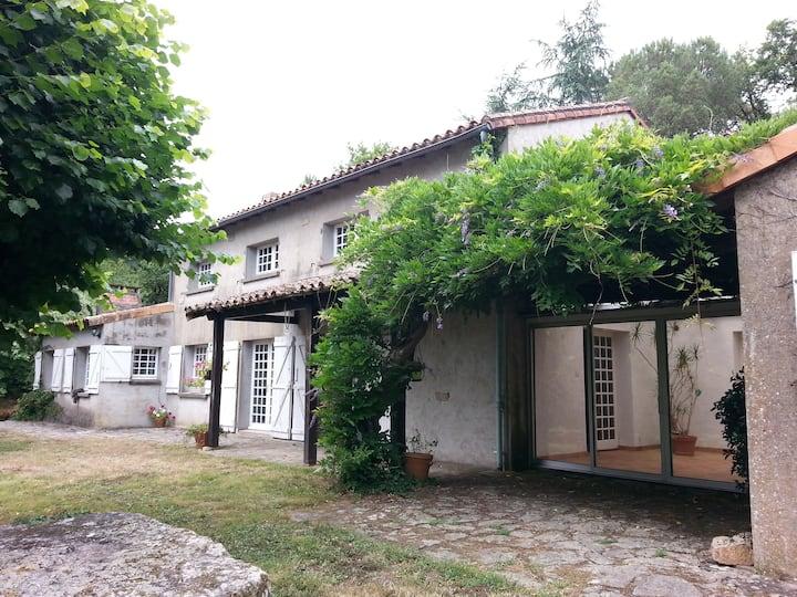 Beaux Chênes - Chambre d'hôtes Enki