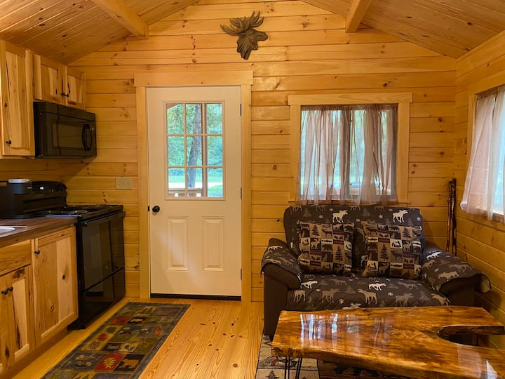 Nature Intense Tiny Home Hideaway TV - WiFi