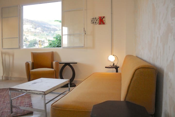 Shuruk - Charming cosy apartment with great views.