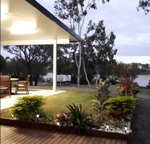 House along Fitzroy River, Rockhampton Lakes Creek