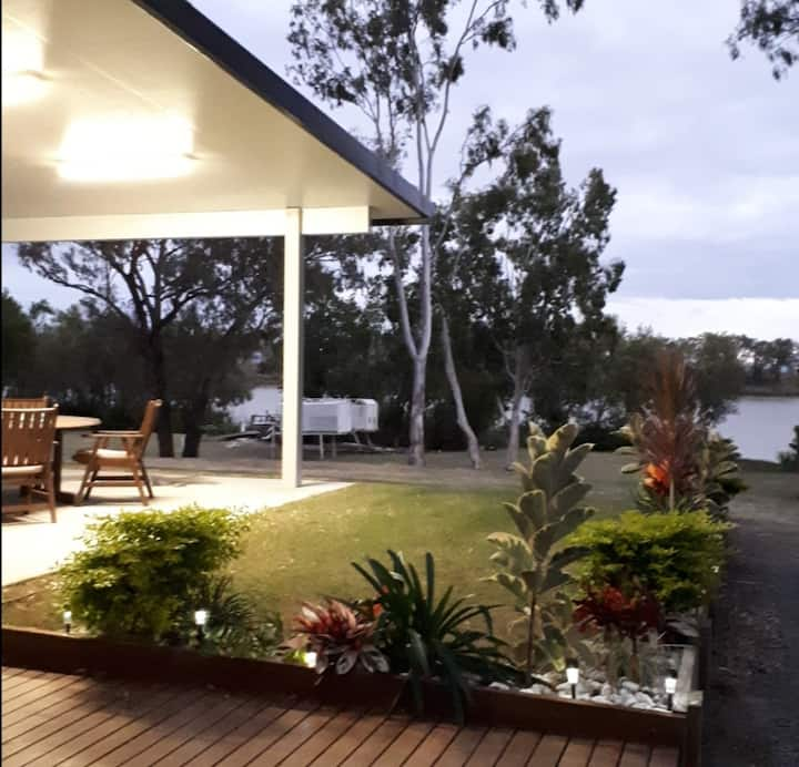 House along Fitzroy River, Rockhampton Lakes Creek